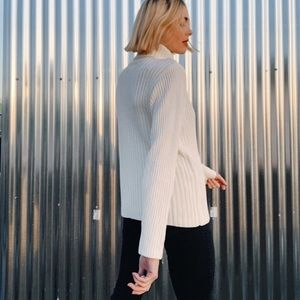 [Vintage] Hong Kong Knit Turtleneck Sweater
